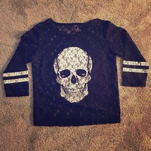 LIKE NEW EXPRESS Lace Skull Shirt Small